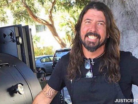 Buku Dave Grohl Menerangkan Kematian Kurt Cobain
